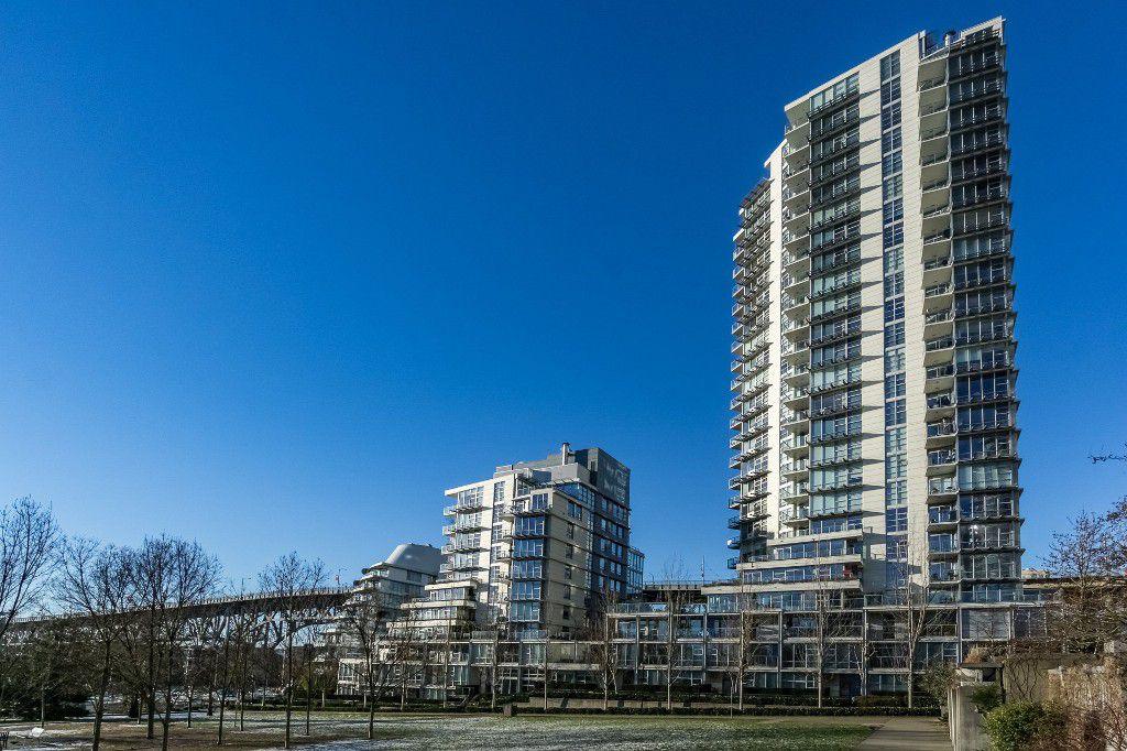 Main Photo: 205 638 Beach Crescent in Vancouver: Condo for sale