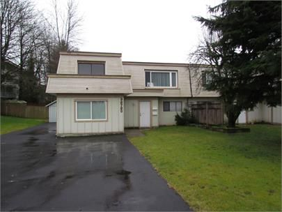 Main Photo: 32720 Broadway East St. in Abbotsford: Central Abbotsford Condo for rent