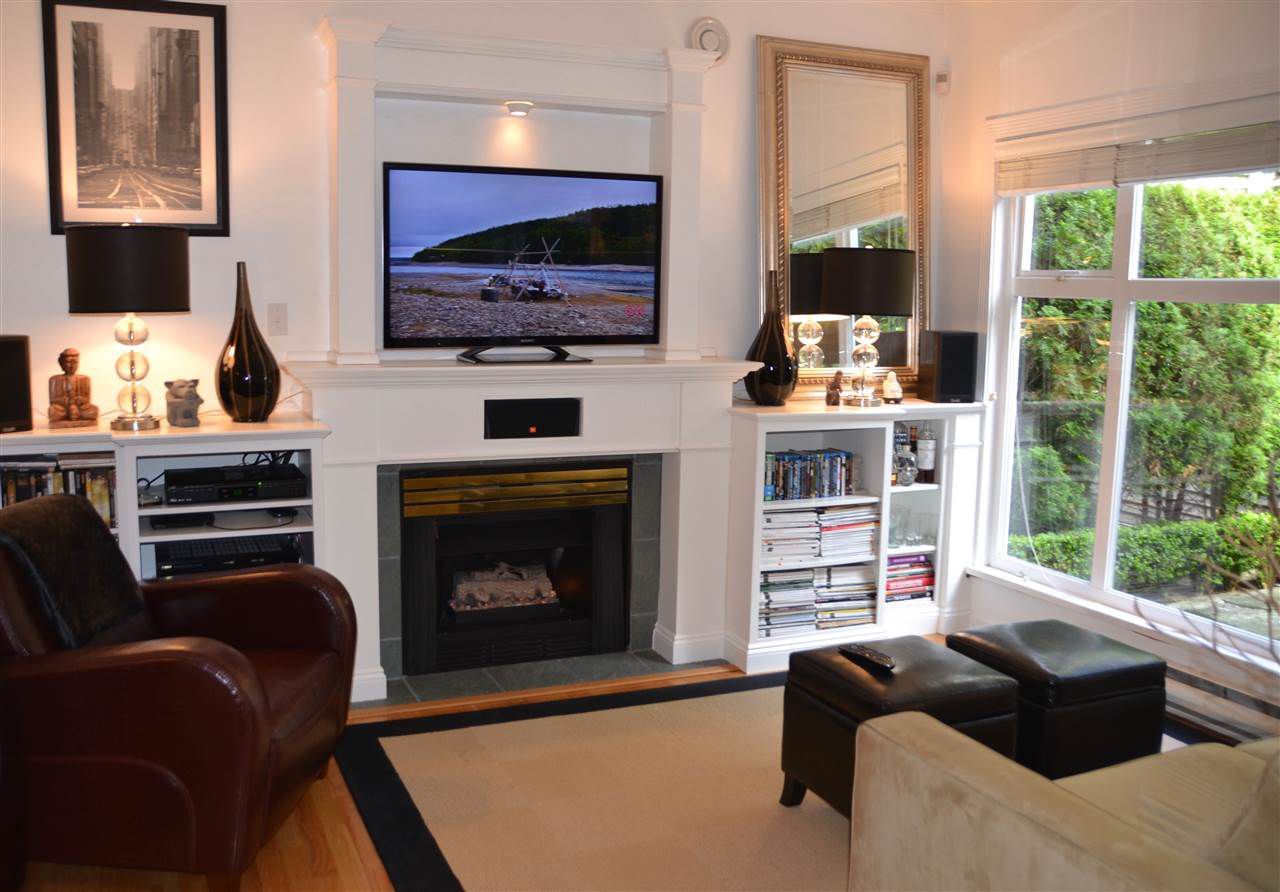 Main Photo: 1893 W 3RD AVENUE in Vancouver: Kitsilano Townhouse for sale (Vancouver West)  : MLS®# R2278293