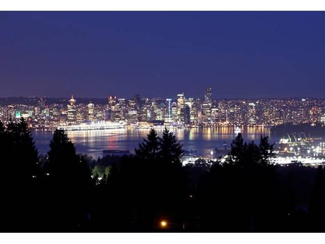 "Main Photo: 3690 CARNARVON Avenue in North Vancouver: Upper Lonsdale House for sale in ""Upper Lonsdale"" : MLS®# V950587"
