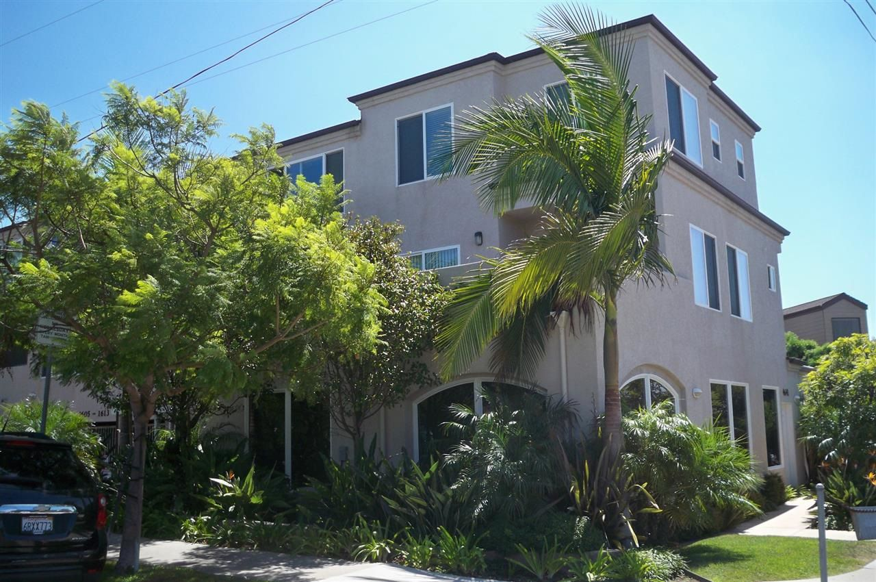 Main Photo: Residential for sale : 2 bedrooms : 1605 Emerald in San Diego