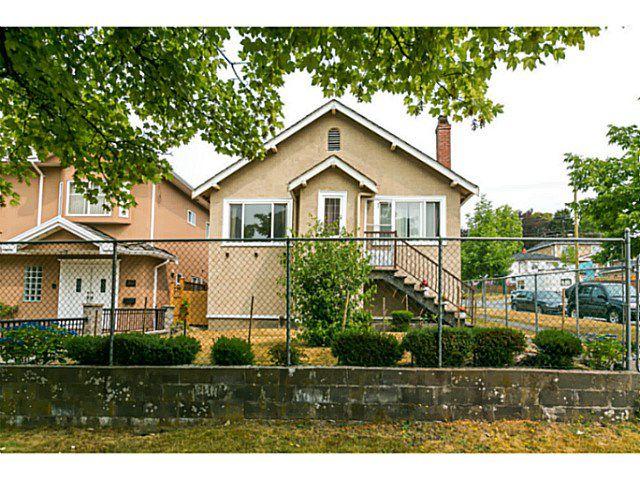 Main Photo: 297 E 46TH AV in Vancouver: Main House for sale (Vancouver East)  : MLS®# V1133840
