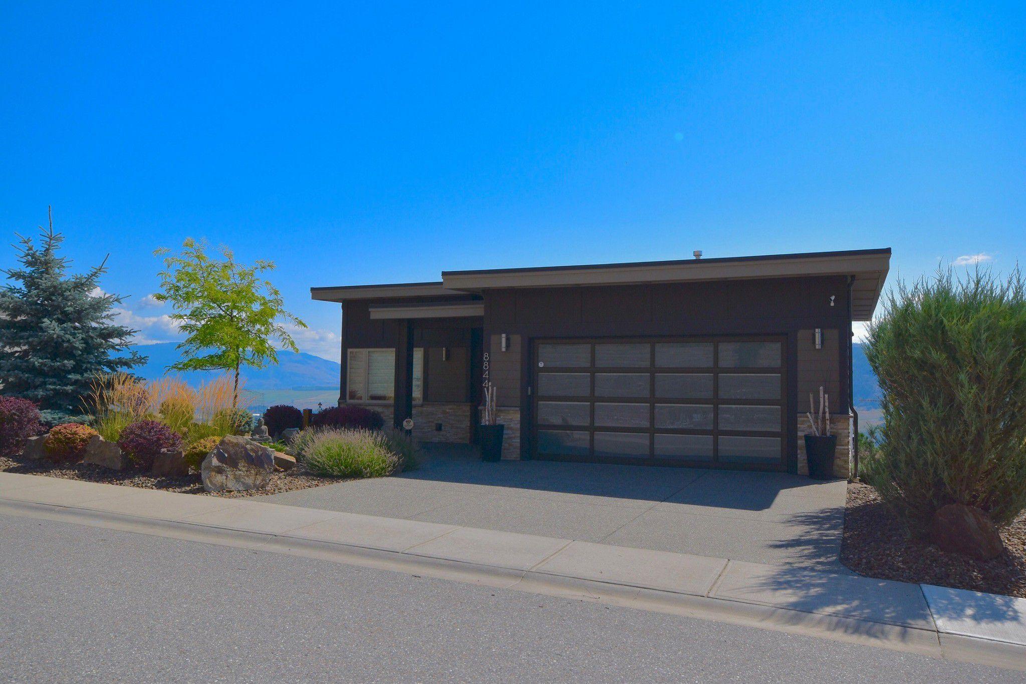 Main Photo: 8844 Tavistock Road in Vernon: Adventure Bay House for sale (North Okanagan)  : MLS®# 10167160
