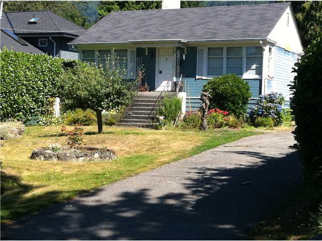 Main Photo: 2267 Gordon Av in West Vancouver: Dundarave House for sale : MLS®# V1078375