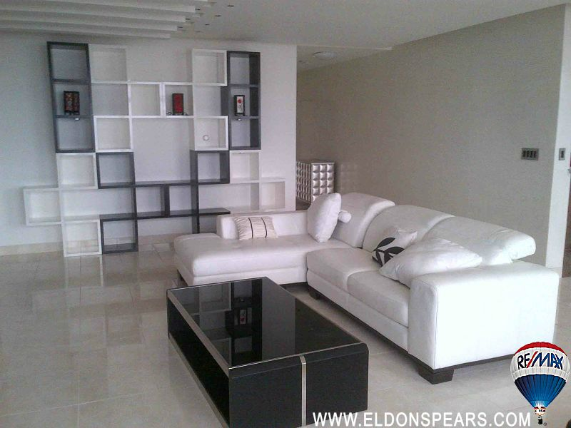 Apartment in Dos Mares for Sale