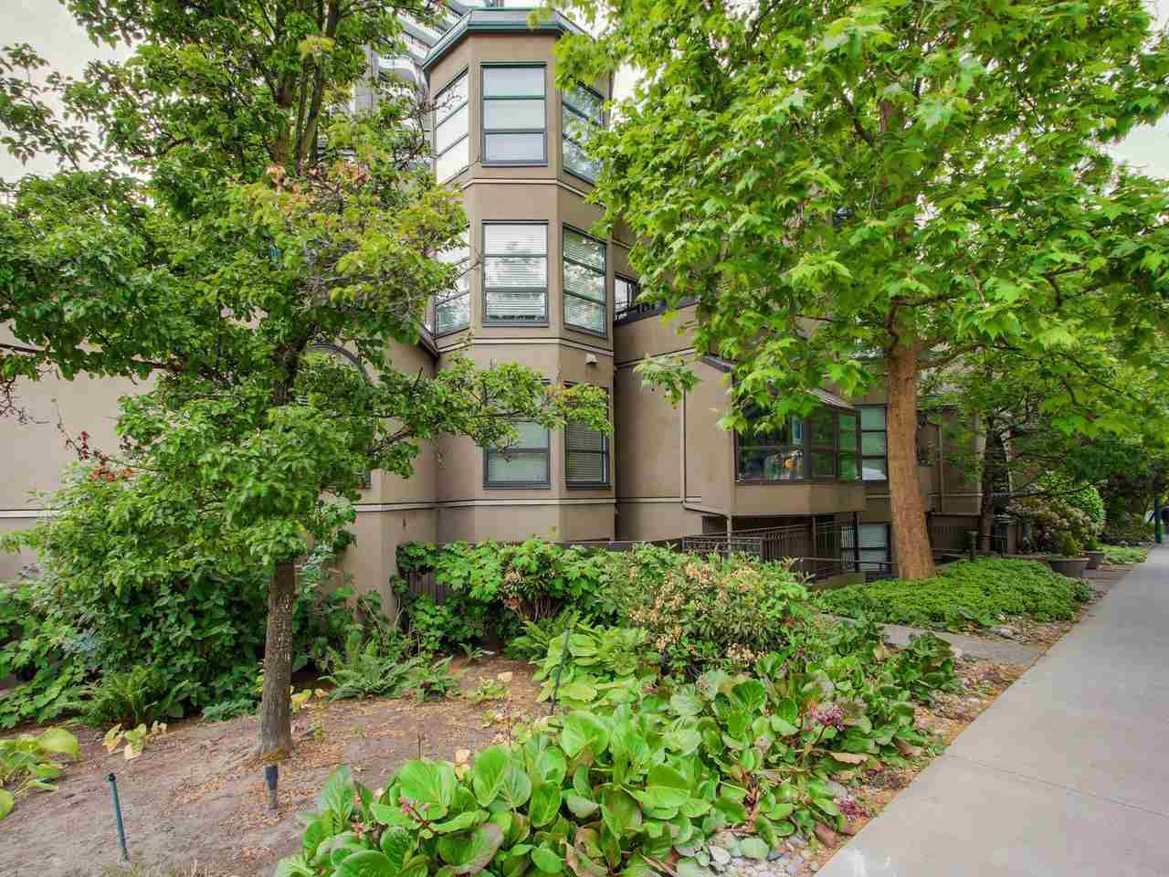 Main Photo: 208 1106 PACIFIC STREET in Vancouver: West End VW Condo for sale (Vancouver West)  : MLS®# R2072898