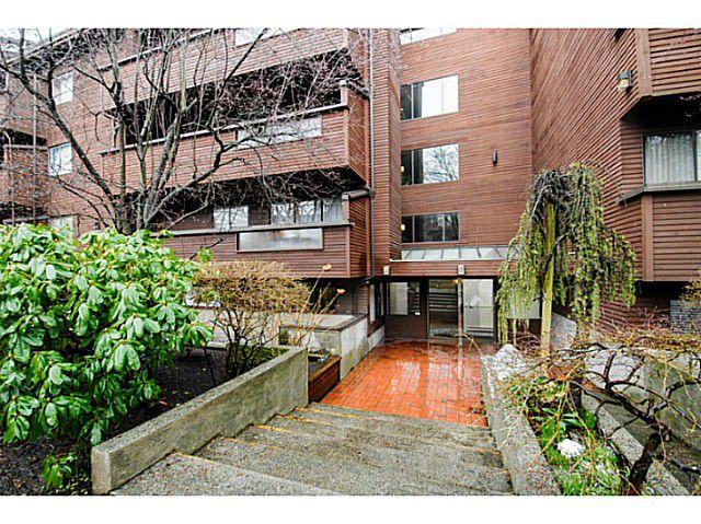 Main Photo: # 101 1827 W 3RD AV in Vancouver: Kitsilano Condo for sale (Vancouver West)  : MLS®# V1079870