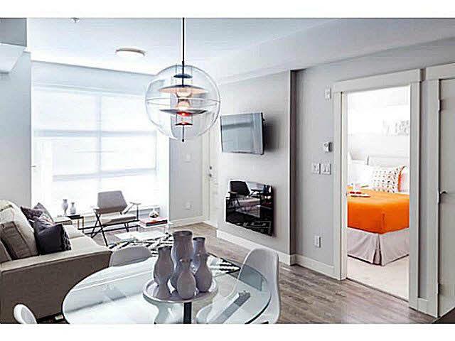Main Photo: 206 827 Roderick Avenue in Coquitlam: Coquitlam West Condo for sale (Coqutilam)  : MLS®# V1110132