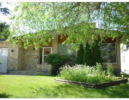 Main Photo: 99 KOWALL BAY: Residential for sale (Maples)  : MLS®# 2912595