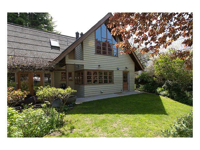 Main Photo: 4033 W 40TH Avenue in Vancouver: Dunbar House for sale (Vancouver West)  : MLS®# V1005183