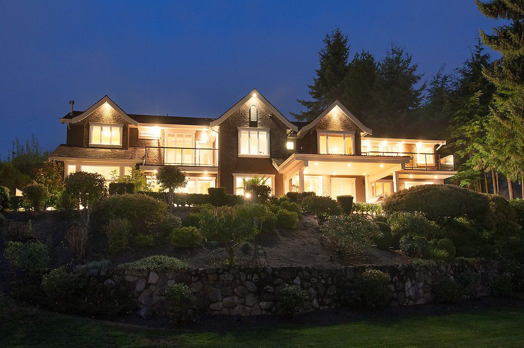 Main Photo: 750 King Georges Way in West Vancouver: House for sale : MLS®# V1086446