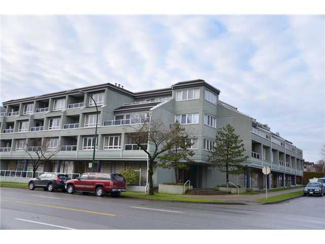 "Main Photo: 402 315 RENFREW Street in Vancouver: Hastings East Condo for sale in ""The Shorewinds"" (Vancouver East)  : MLS®# V928891"