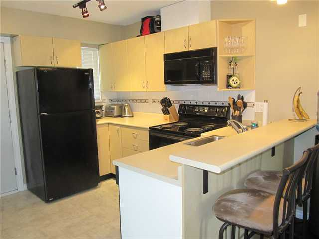 """Main Photo: 403 528 ROCHESTER Avenue in Coquitlam: Coquitlam West Condo for sale in """"THE AVE"""" : MLS®# V960328"""