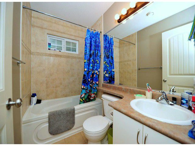 Photo 8: Photos: 8596 FAIRBANKS ST in Mission: Mission BC House for sale : MLS®# F1318181