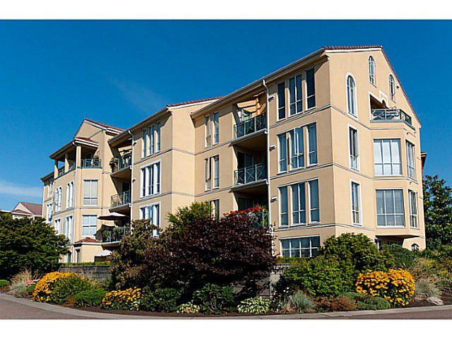 Main Photo: # 207 3 RENAISSANCE SQ in New Westminster: Quay Condo for sale : MLS®# V1054952