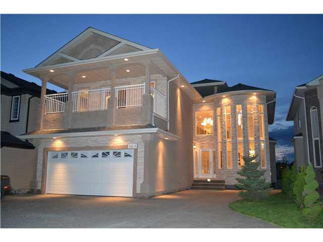 Main Photo: 10826 175A AV in Edmonton: Zone 27 House for sale : MLS®# E3303448