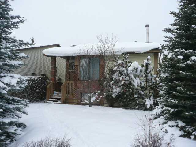 Main Photo: 248 CEDARDALE Bay SW in CALGARY: Cedarbrae Residential Detached Single Family for sale (Calgary)  : MLS®# C3550366