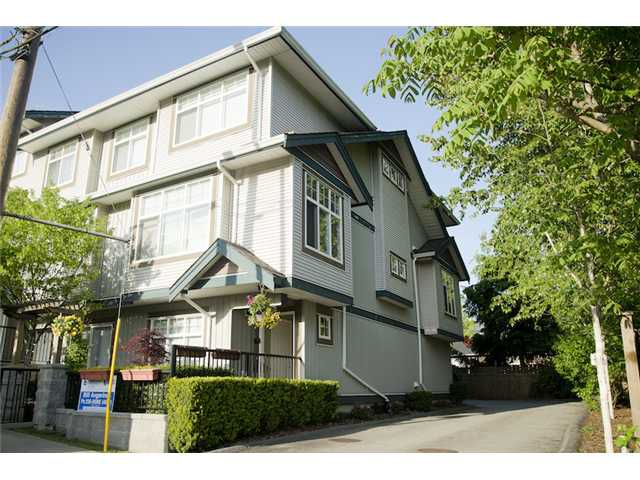 Main Photo: 18 22466 NORTH Avenue in MAPLE RIDGE: East Central Townhouse for sale (Maple Ridge)  : MLS®# V1064439