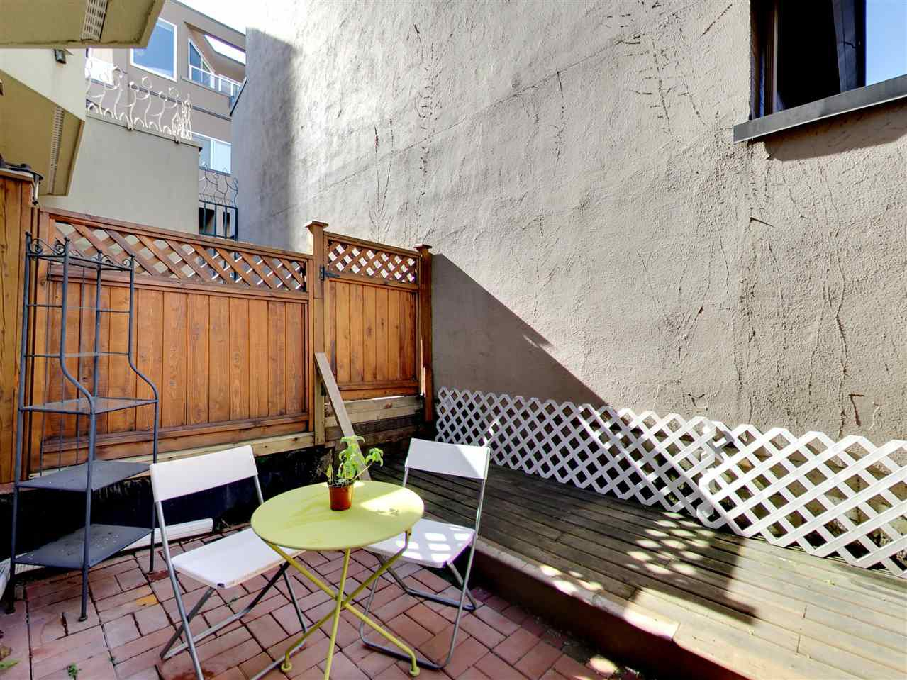 Main Photo: 2309 ALDER STREET in Vancouver: Fairview VW Condo for sale (Vancouver West)  : MLS®# R2115607