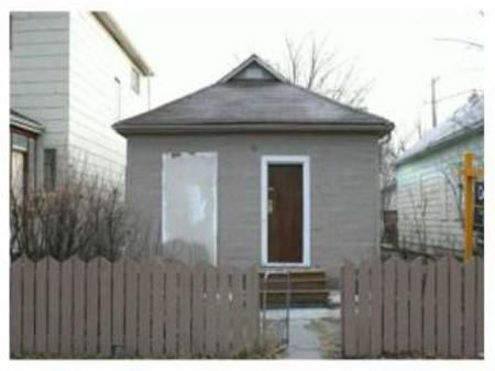 Main Photo: 431 SHERBROOK Street: Residential for sale (Central)  : MLS®# 2920676