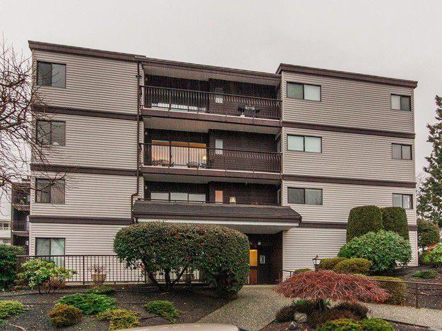 """Main Photo: 105 15041 PROSPECT Avenue: White Rock Condo for sale in """"SEA VISTA"""" (South Surrey White Rock)  : MLS®# F1318514"""