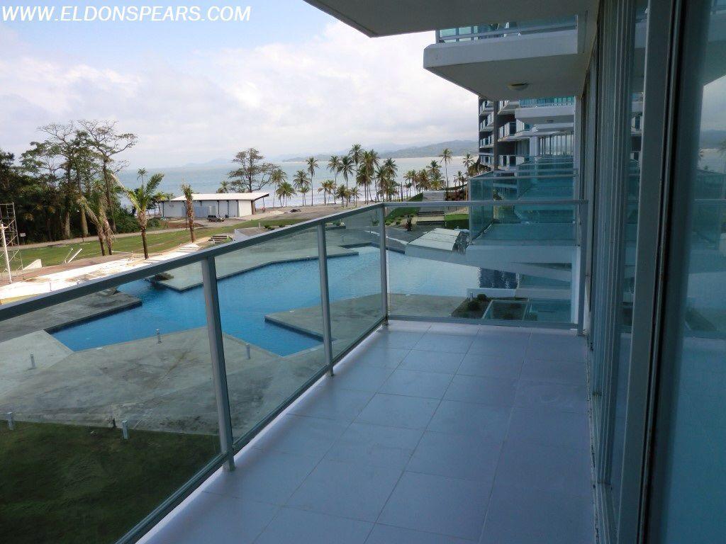 Bala Beach Resort - Caribbean Panama