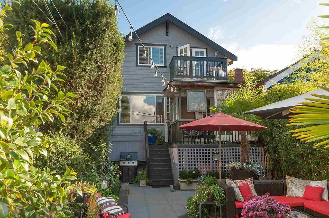 Main Photo: 2023 KITCHENER STREET in Vancouver: Grandview VE House for sale (Vancouver East)  : MLS®# R2110175