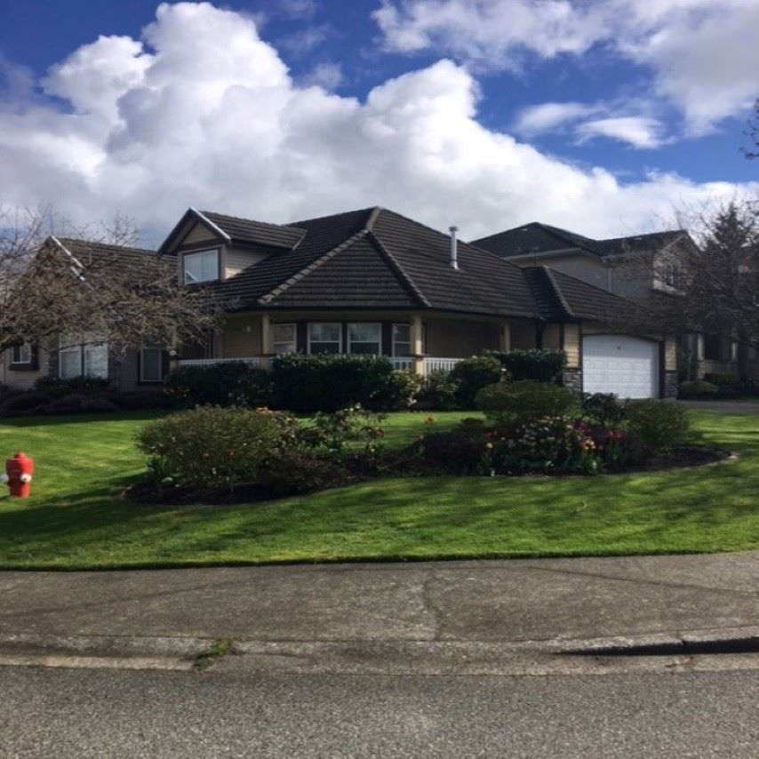 Main Photo: 8510 211A STREET in : Walnut Grove House for sale : MLS®# R2163620