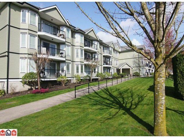 "Main Photo: 108 20881 56TH Avenue in Langley: Langley City Condo for sale in ""ROBERTS COURT"" : MLS®# F1205663"