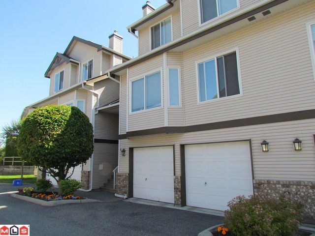 "Main Photo: 6 20750 TELEGRAPH Trail in Langley: Walnut Grove Townhouse for sale in ""Heritage Glen"" : MLS®# F1217526"