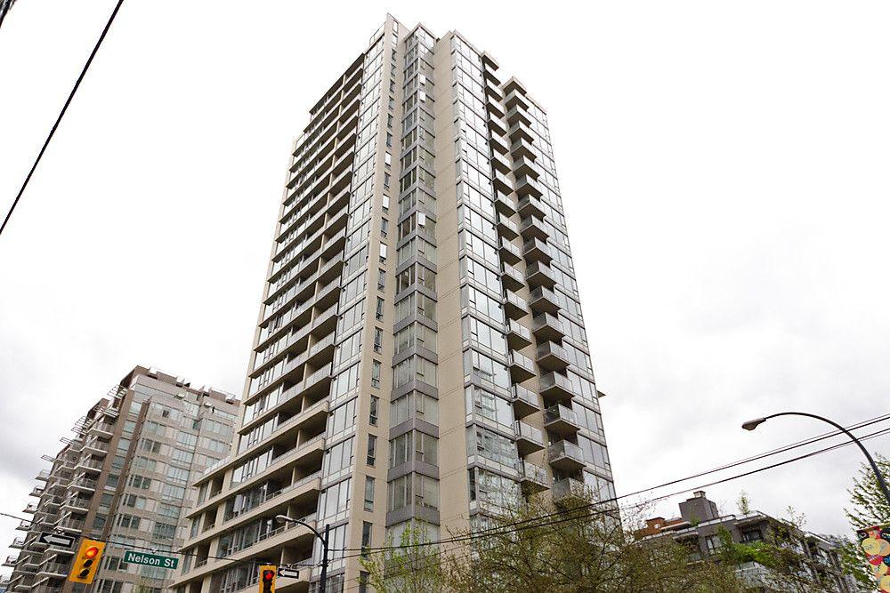 """Main Photo: 903 1001 RICHARDS Street in Vancouver: Downtown VW Condo for sale in """"MIRO"""" (Vancouver West)  : MLS®# V947357"""