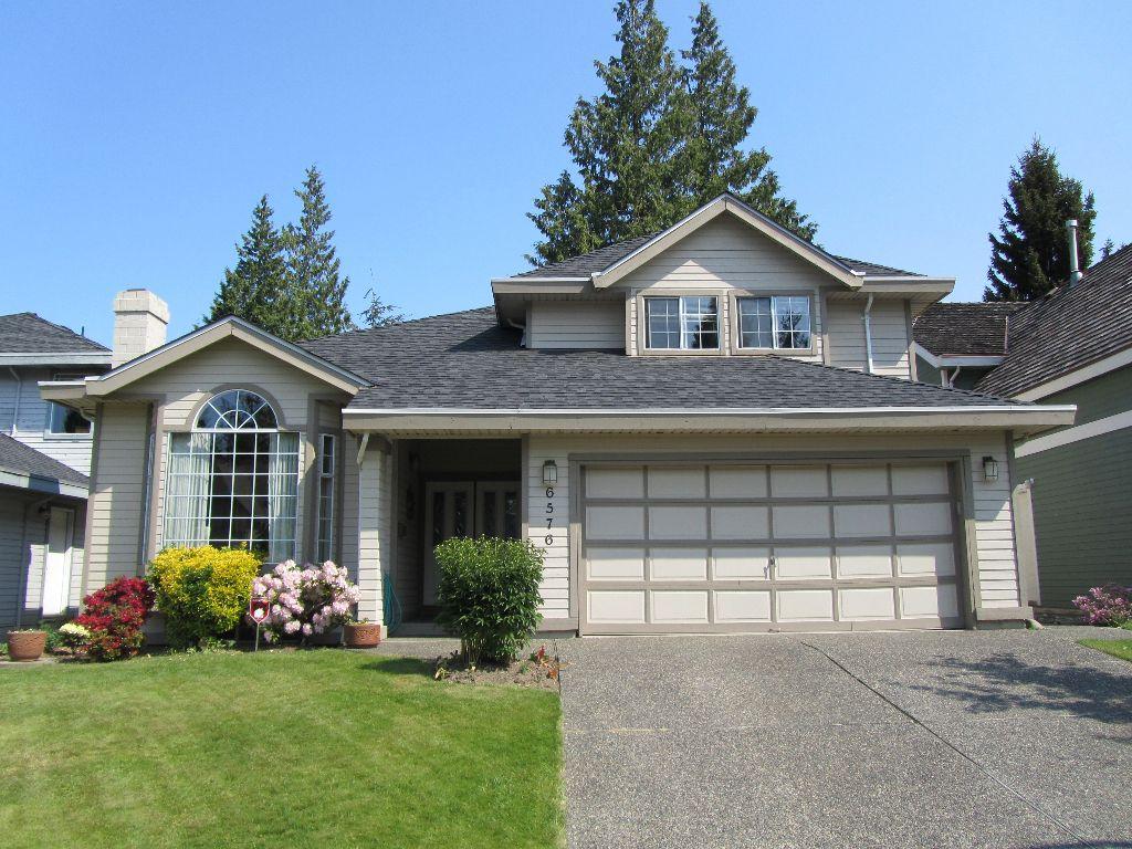 Main Photo: 6576 SUNWOOD Drive in Delta: Sunshine Hills Woods House for sale (N. Delta)  : MLS®# F1213598