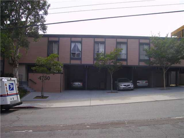 Main Photo: PACIFIC BEACH Home for sale or rent : 1 bedrooms : 4750 Noyes #215 in San Diego
