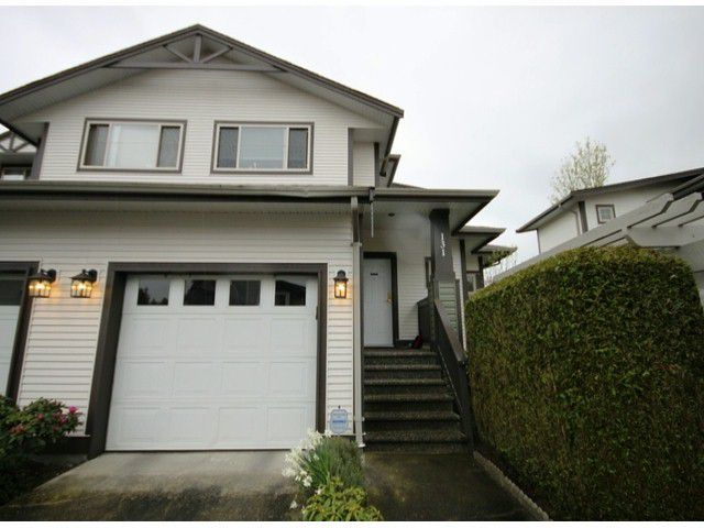 """Main Photo: 131 20820 87TH Avenue in Langley: Walnut Grove Townhouse for sale in """"SYCAMORES"""" : MLS®# F1308674"""