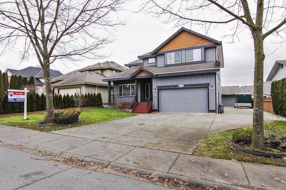 Main Photo: 4572 Benz Crescent in Upper Murrayville: Murrayville Home for sale ()  : MLS®# F1400585