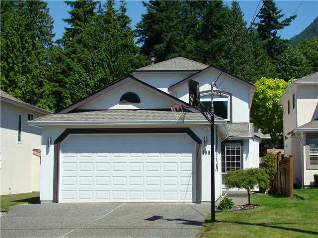 Main Photo: 1082 CLEMENTS AV in North Vancouver: Canyon Heights NV House for sale : MLS®# V1073582