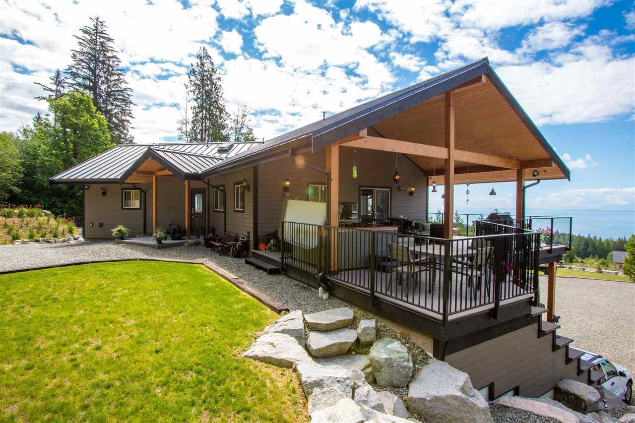 Main Photo: 2222 PIXTON ROAD: Roberts Creek House for sale (Sunshine Coast)  : MLS®# R2267909