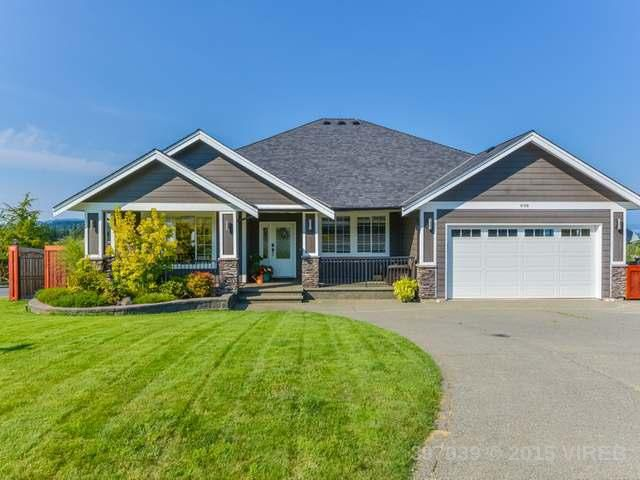 Main Photo: 698 Mariner Drive in Campbell River: House for sale : MLS®# 397039