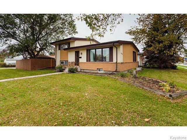 Main Photo: 3034 Ness Avenue in Winnipeg: Heritage Park Single Family Detached for sale (Winnipeg area)  : MLS®# 1424492