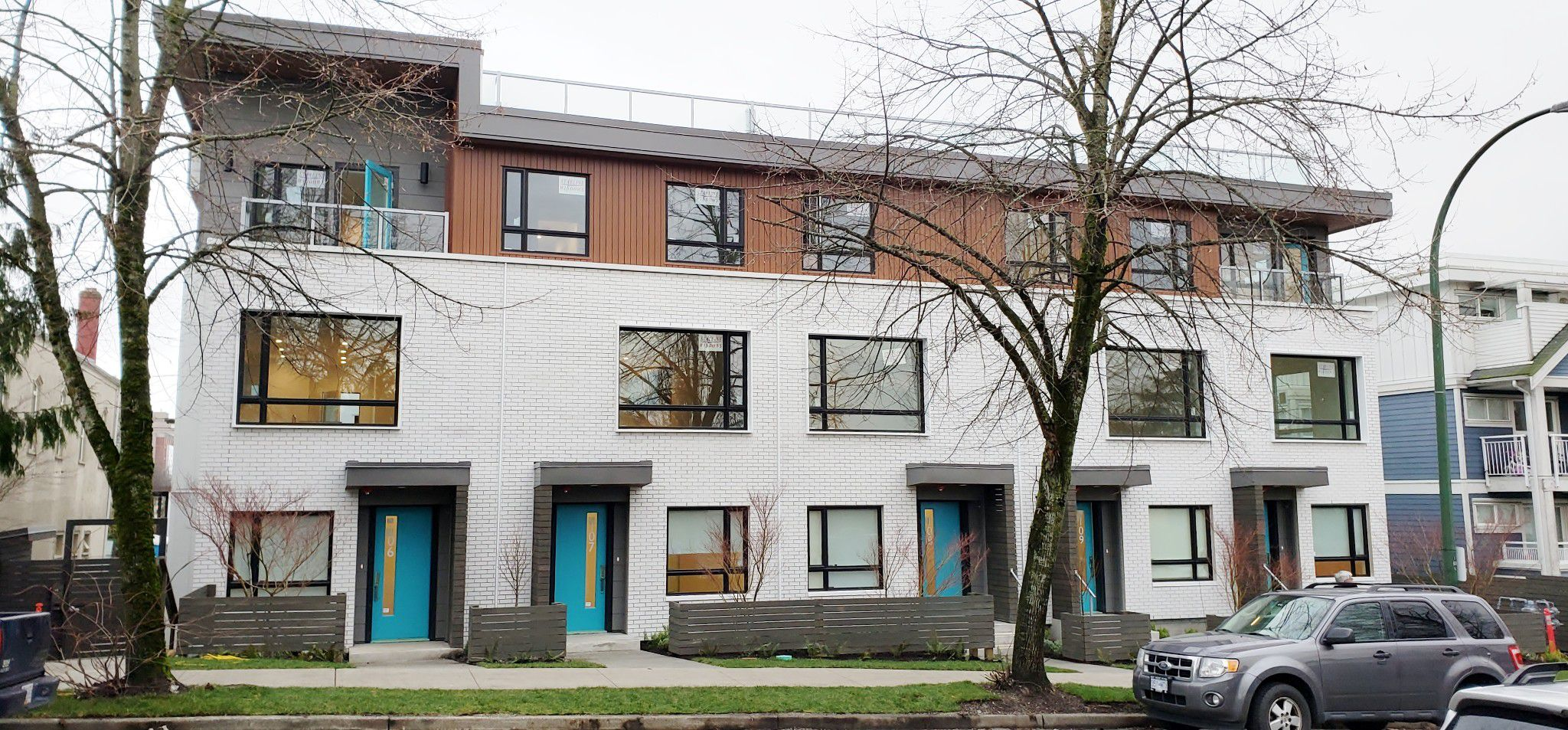 Main Photo: 311 E 16 Avenue in Vancouver: Main Street Condo for rent ()  : MLS®# R2342897