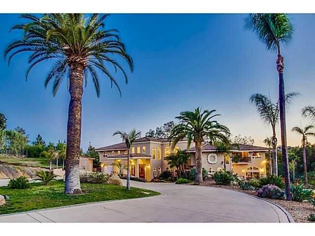 Main Photo: EL CAJON House for sale : 5 bedrooms : 1371 Windridge Drive