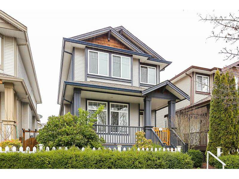 Main Photo: 23671 DEWDNEY TRUNK ROAD in Maple Ridge: East Central House for sale : MLS®# R2036237