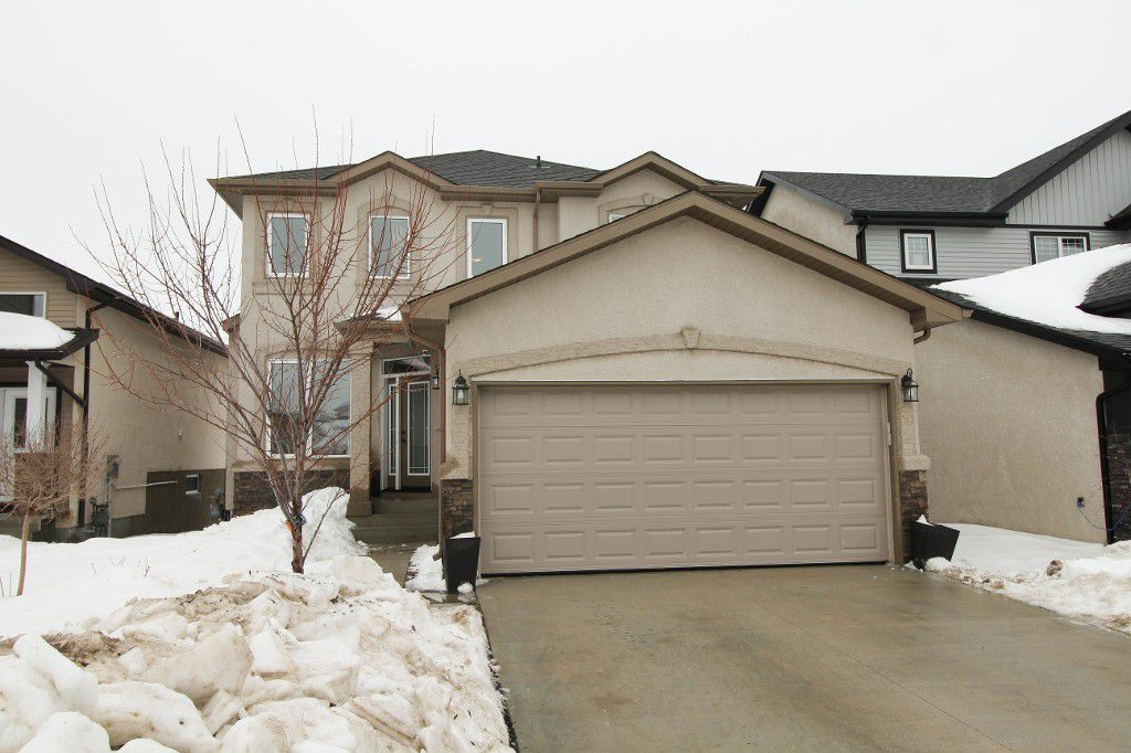 Exceptional 2100sqft 4BR family home!