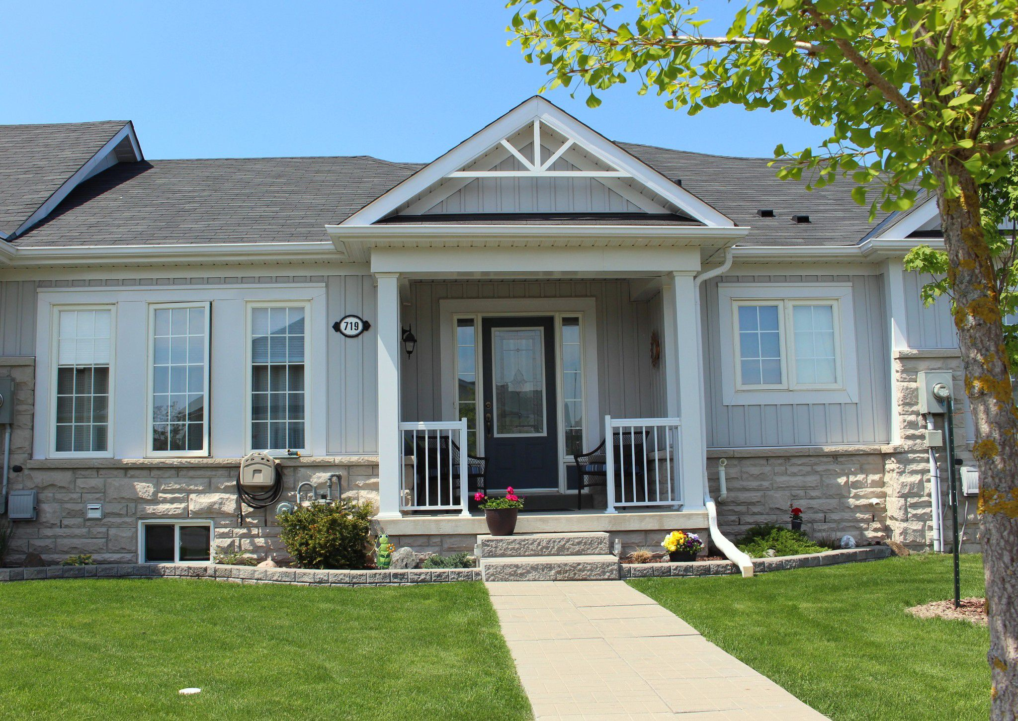 Main Photo: 719 Henderson Drive in Cobourg: Residential Attached for sale : MLS®# 133434