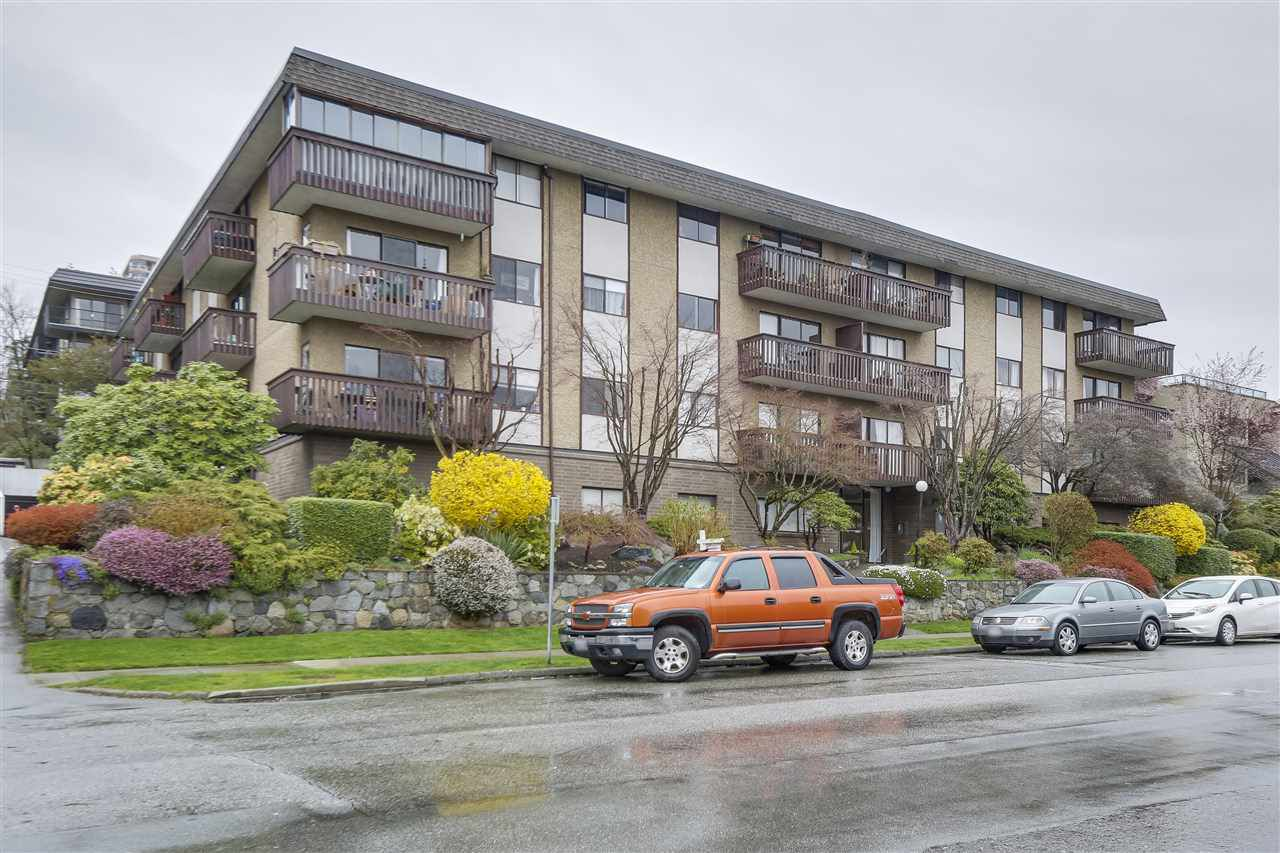 Main Photo: 202 120 E 4TH STREET in : Lower Lonsdale Condo for sale : MLS®# R2253811