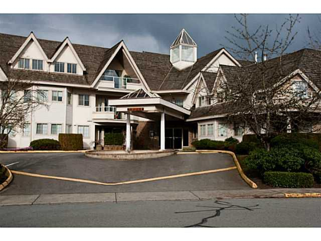 """Main Photo: 205 19241 FORD Road in Pitt Meadows: Central Meadows Condo for sale in """"VILLAGE GREEN"""" : MLS®# V1001115"""