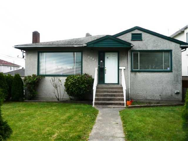 Main Photo: 6985 Argyle St. in Vancouver,: House for sale
