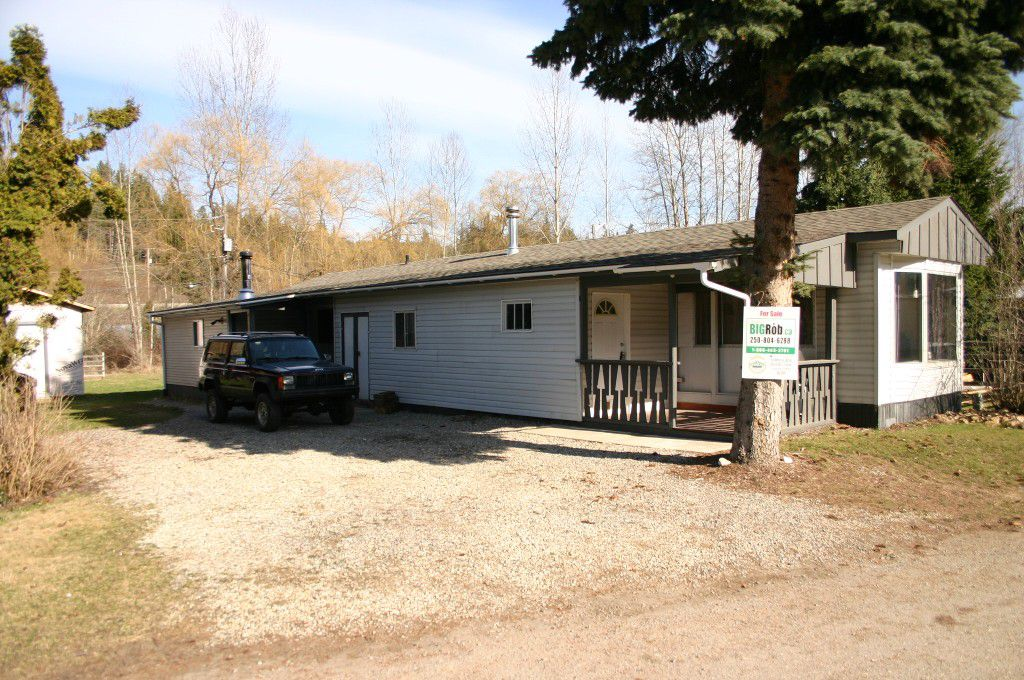 Main Photo: 13 6458 Southeast Auto Road in Salmon Arm: SE Salmon Arm House for sale (Shuswap/Revelstoke)  : MLS®# 10076942