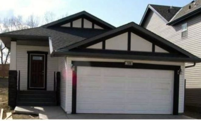 Main Photo: 136 Reunion Close NW in Airdrie: Residential Detached Single Family for sale : MLS®# C3625372