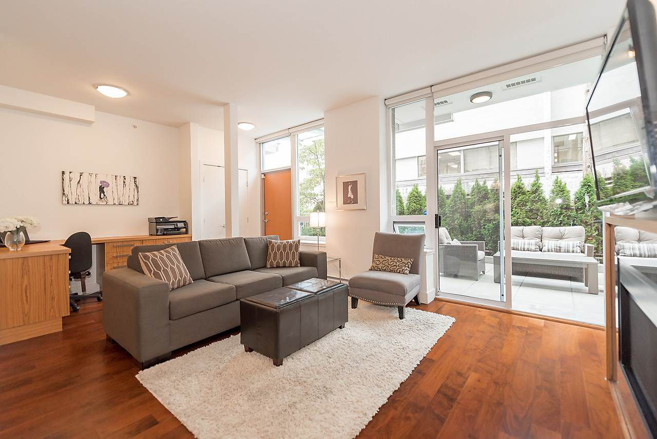 Main Photo: 105 1675 W 8TH AVENUE in Vancouver: Fairview VW Townhouse for sale (Vancouver West)  : MLS®# R2010745